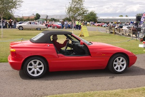 BMW Z1 with the doors open